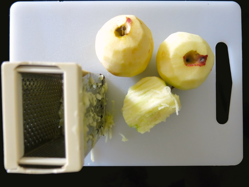 9a-grated-apples