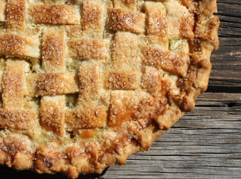 rhubarb-lattice-pie