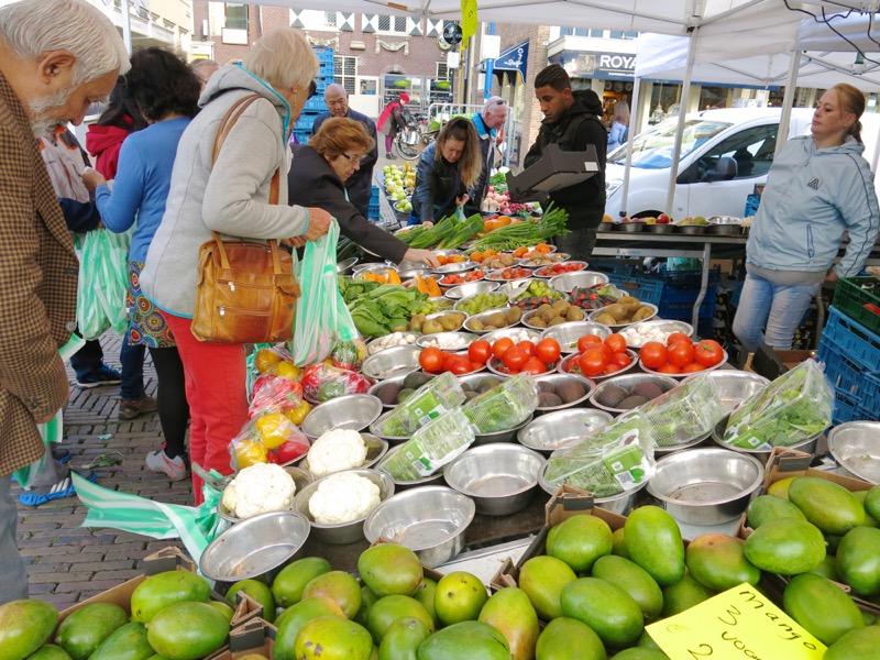 13-delft-thursday-open-air-farmers-market-oct-2016