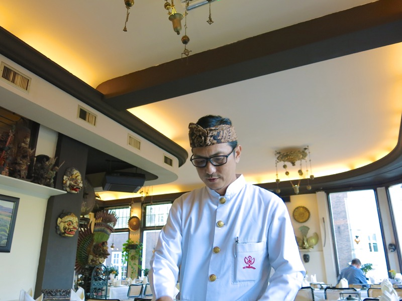 16-dutch-rijsttafel