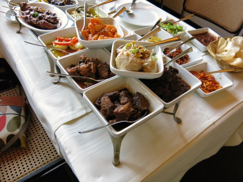 20-dutch-rijsttafel