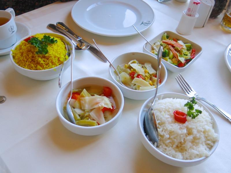24-dutch-rijsttafel