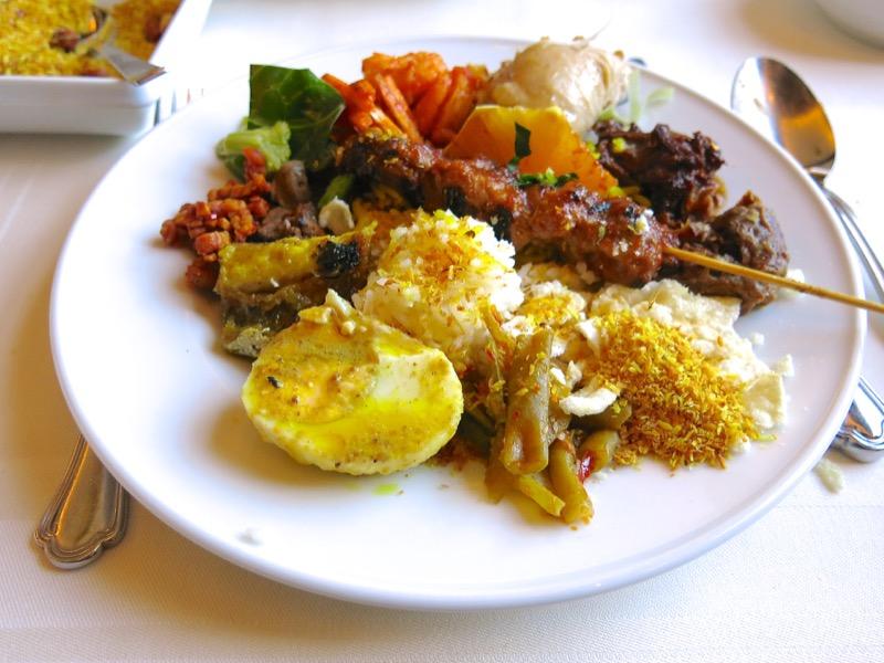 26-dutch-rijsttafel
