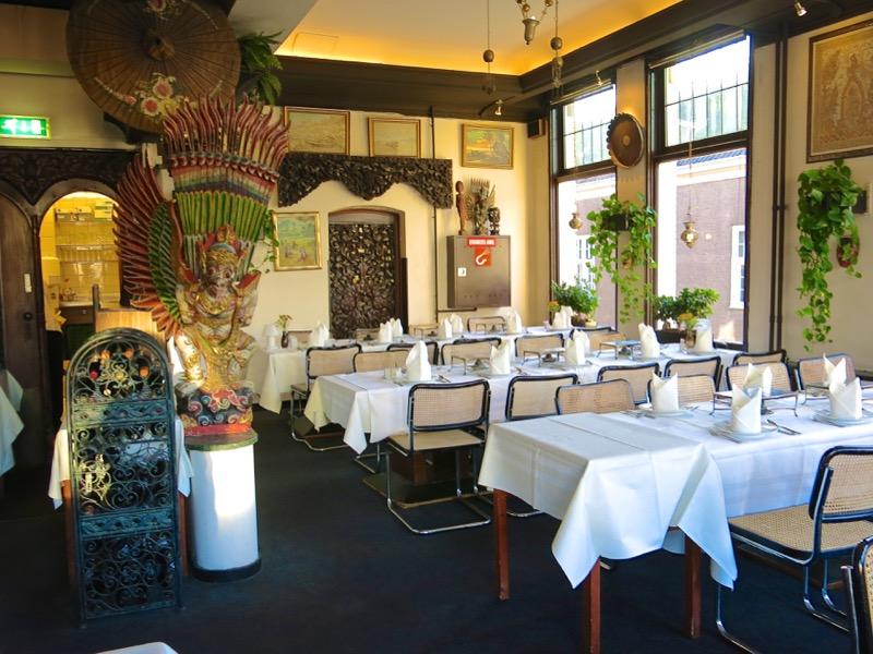 6-dutch-rijsttafel