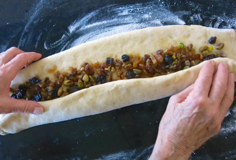 30-rolling-fruit-into-stollen-dough