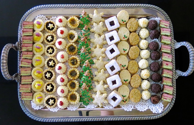Canadian Christmas Cookies 2016 Traditional Christmas Cookie Platter