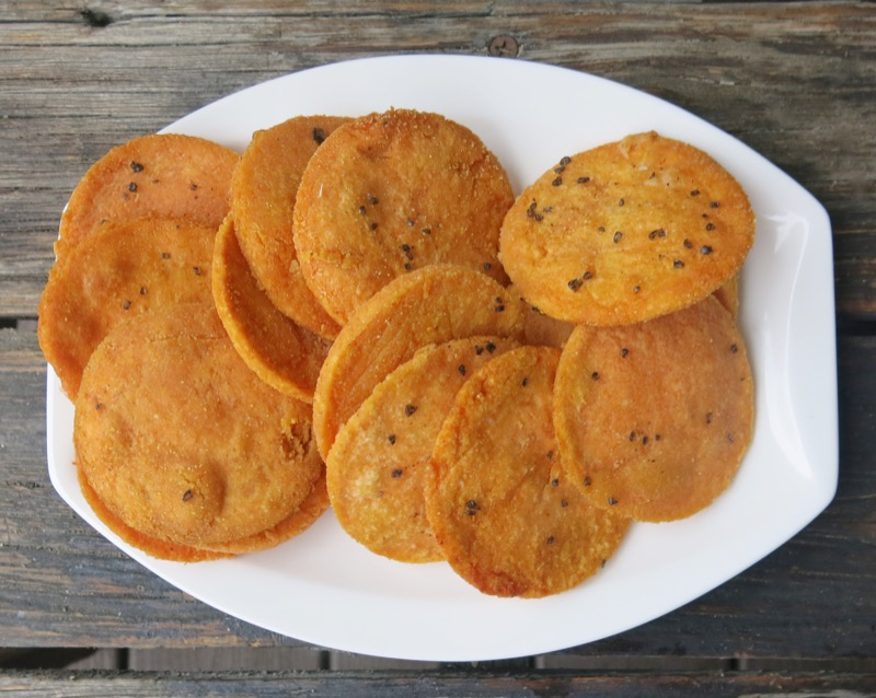 how to make lentil crackers