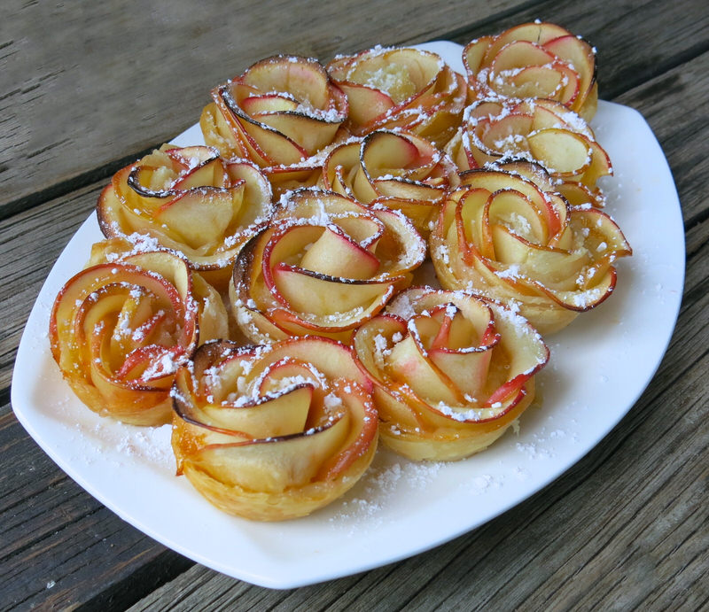 Apple Roses in Puff Pastry with Apricot Jam